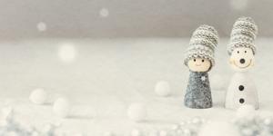 指人形の雪だるま